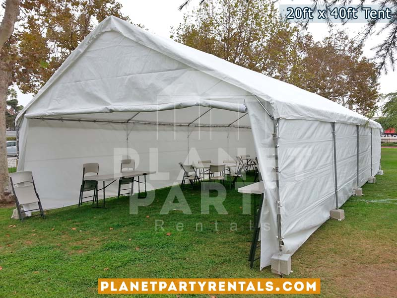 Renta de carpas para eventos, disponsible con paredes, sillas y mesas