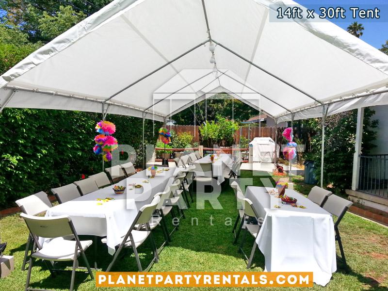 14x30 Carpa Blanca con sillas y mesas rectangulares para eventos