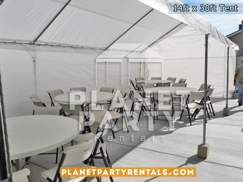 14x30 Lona/Carpa para rentar, Carpa con Sillas de Plastic y Mesas Redondas